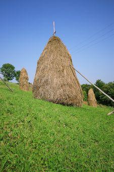 Free Three Haystacks Stock Photography - 6099722