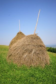 Free Two Haystack Royalty Free Stock Images - 6099849