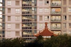 Free Chinese Roof Royalty Free Stock Image - 612826