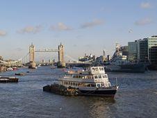 Free The Tower Bridge Royalty Free Stock Image - 614906