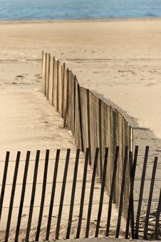 Free Beached Fence Royalty Free Stock Photography - 618067