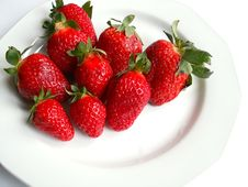 Free Strawberries Royalty Free Stock Images - 618669