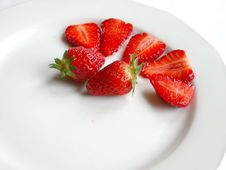 Free Strawberries Royalty Free Stock Images - 618679