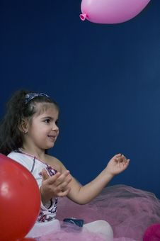 Free Girl Playing With Balloons Royalty Free Stock Photography - 619177