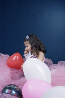Free Catch The Ballon Royalty Free Stock Photos - 619498