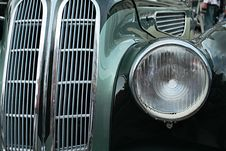 Free Headlight And Radiato Royalty Free Stock Image - 6100206