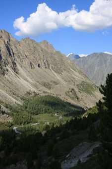 Free Altai Mountain In Summer Stock Photos - 6100493