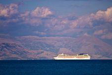 Free Cruise Ship Stock Photos - 6100983
