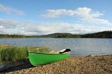 Free Boat At A Lake Stock Photography - 6101122