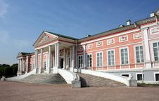 Free Imperial Palace In Manor Sheremetevyh Stock Image - 6102201