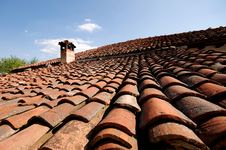 Free Roof With Chimney Stock Images - 6102954