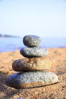 Free Stones On The Seashore Royalty Free Stock Images - 6103409