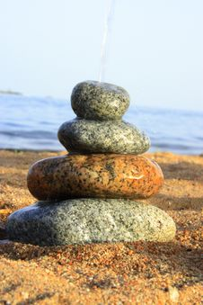 Free Stones On The Seashore Stock Photography - 6103432