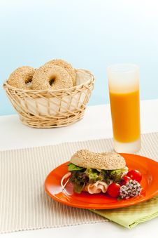 Free Breakfast Bagel Stock Photos - 6105163
