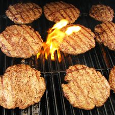 Free Hamburgers On A Grill Royalty Free Stock Images - 6105179