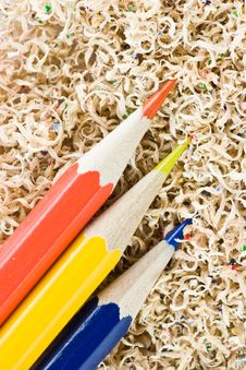 Free Colored Pencils In Shaving Royalty Free Stock Photo - 6106225