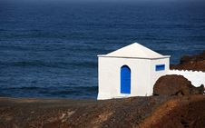 Free Small House On The Coast Stock Photography - 6106862