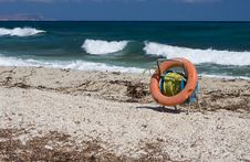 Free Lifebuoy On A Beach Royalty Free Stock Photography - 6107327