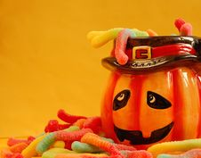 Free Pumpkin Face And Gummy Worms Royalty Free Stock Photos - 6107358