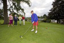 Free Women Playing Golf Royalty Free Stock Photos - 6107688
