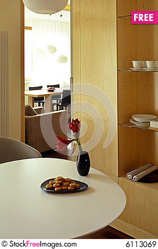Free Dining Room Royalty Free Stock Images - 6113069