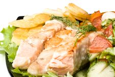 Free Stake From A Salmon With Vegetables Royalty Free Stock Photography - 6112007