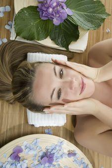 Free Massage Therapy Stock Photo - 6114270