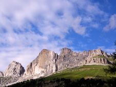 Free Dolomite Rocks Royalty Free Stock Photos - 6115748
