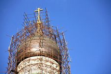 Free Scaffoldings Around Church Cupola Royalty Free Stock Photo - 6117495