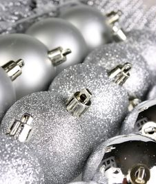 Free Christmas Ornamets Royalty Free Stock Photos - 6117498