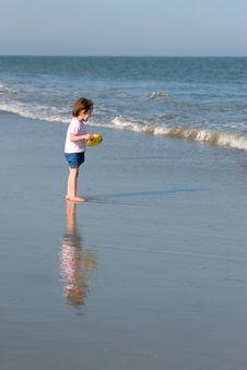 Free Little Girl On Beach Stock Photo - 6117790