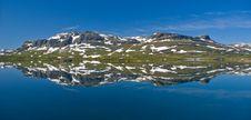 Free Mountain Reflection Stock Image - 6119271