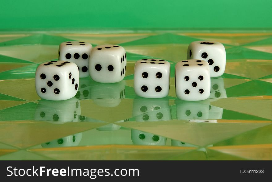 Six digital dices