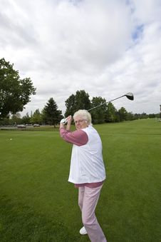 Free Elderly Golfer Royalty Free Stock Photos - 6120658