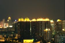 Free Chinese Residential Area By Night Royalty Free Stock Images - 6121179