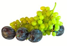 Free Plum And Grapes Royalty Free Stock Photography - 6123547