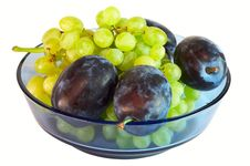 Free Plum And Grapes Stock Image - 6123551