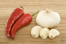 Free Peppers And Garlic Royalty Free Stock Photos - 6124008