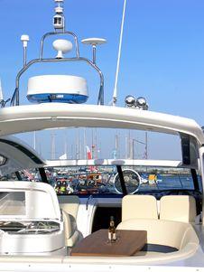 Free Luxury Motorboat Equipment Royalty Free Stock Photos - 6126928
