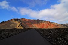 Free Road To Old Volcano Stock Photos - 6128703