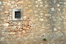 Free Fragment Of Ancient Fortress Royalty Free Stock Photo - 6130985
