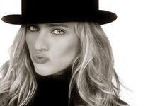 Free Beautiful Woman Stock Photos - 6140023