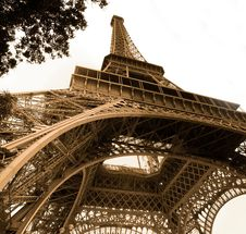 Free Eiffel Tower Royalty Free Stock Photo - 6142735