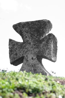 Free Ancient Stone Cross Stock Photo - 6145800