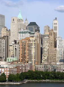 Free Lower Manhattan Skyscrapers Royalty Free Stock Images - 6146879
