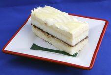 Free Lemon Cake Stock Photo - 6147640