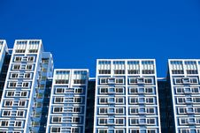 Free Block Of Flats Royalty Free Stock Photos - 6150158