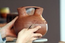 Free Clay Pot Royalty Free Stock Image - 6157576