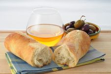 Free Fresh Bread Stock Image - 6158011