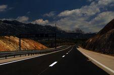 Free Motorway Through Dinaric Alps, Croatia Royalty Free Stock Image - 6164656